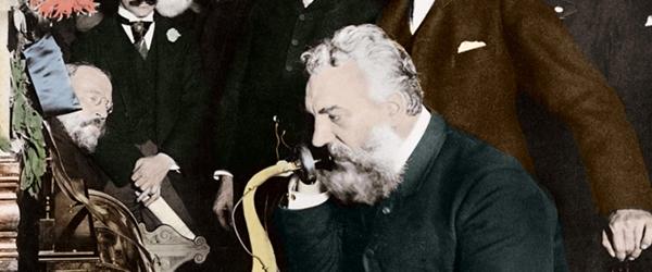Alexander Graham Bell - Telefone