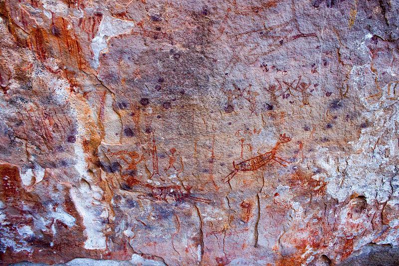 Pintura Rupestre simbolizando a caça. Parque Nacional da Serra da Capivara, Piauí. Autor: Artur Warchavchik