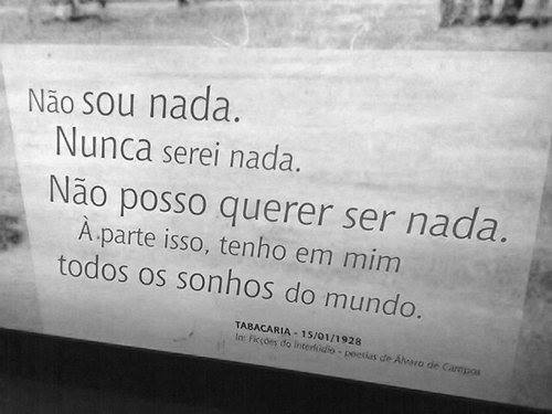 Fragmento do poema Tabacaria