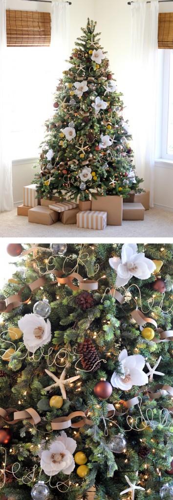 Árvore de Natal com Flores Brancas