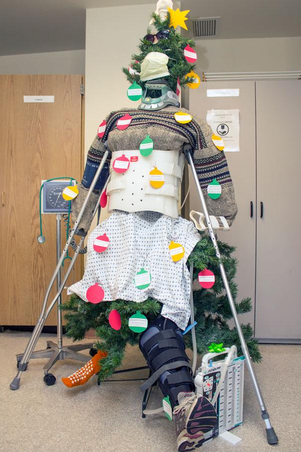 Árvore de natal em formato de paciente
