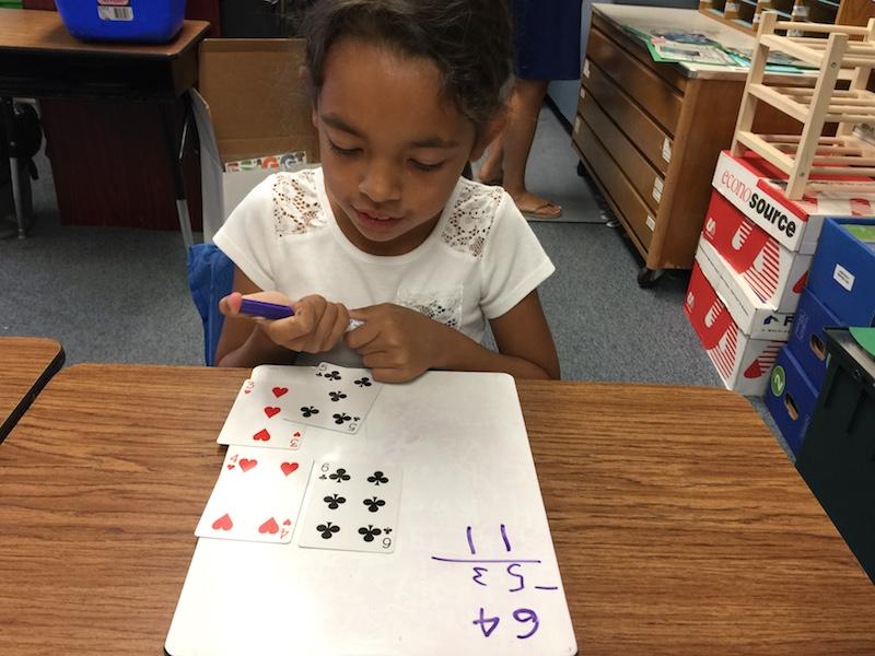 Jogos de soma e subtração com cartas