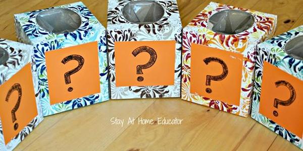 Coloque objetos com diferentes texturas para tentar adivinhar