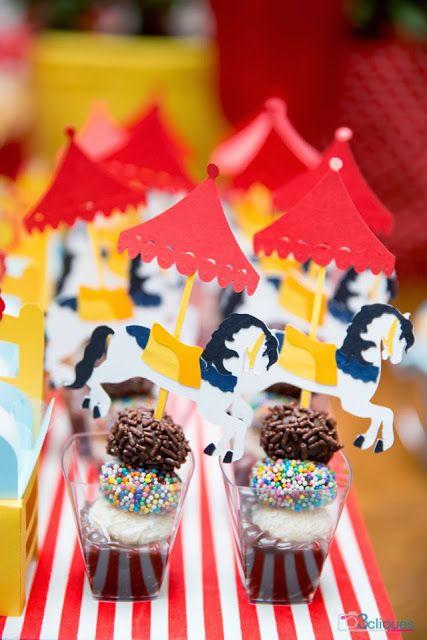 Projeto Circo - Comidinhas decoradas com o tema circo
