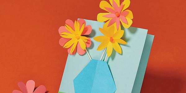 Faça um cartão com o tema primavera