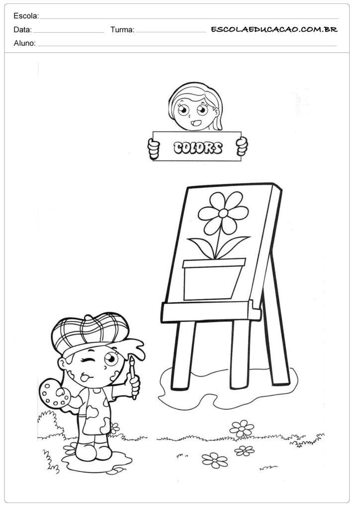 Atividade de inglês criança pintando quadro