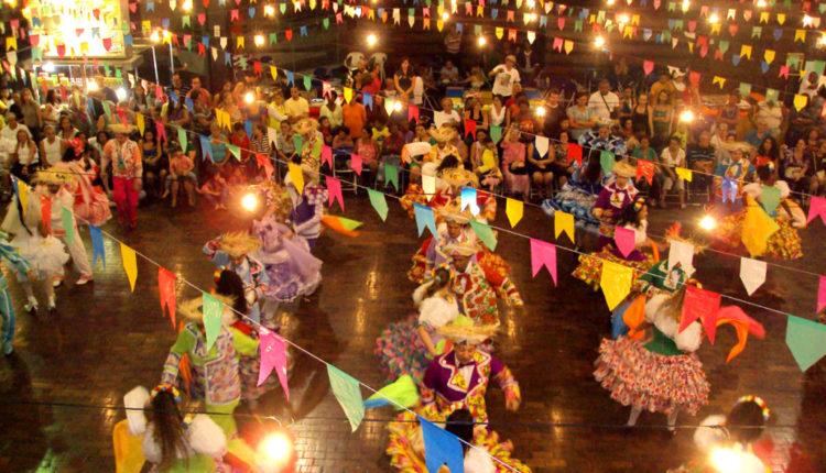 22 músicas que não podem falar em sua playlist de festa junina