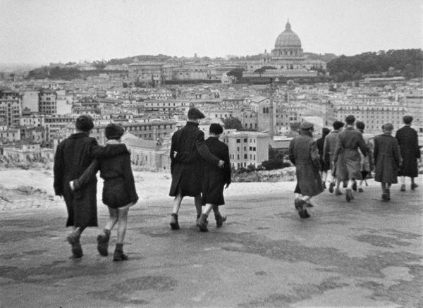 Obra cinematográfica que retrata a segunda guerra: Roma, Cidade Aberta