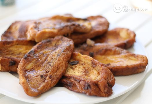 Comida consumida em feriados santos na Espanha - Torrijas