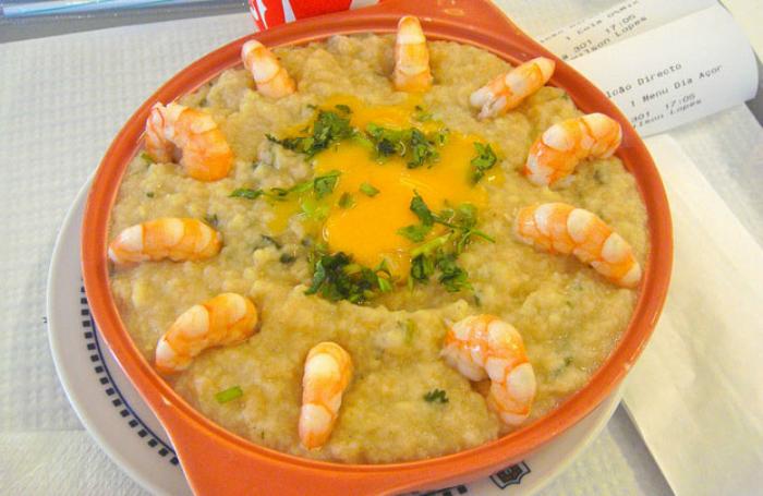 comida de origem portuguesa - Açorda de Marisco