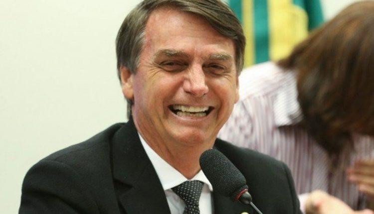 Bolsonaro quer ter acesso ao enem antes da aplicação