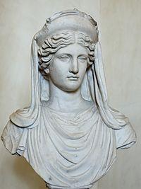 Estátua de Deméter