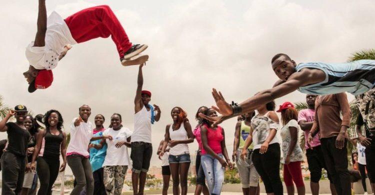 Dança Kuduro em Angola