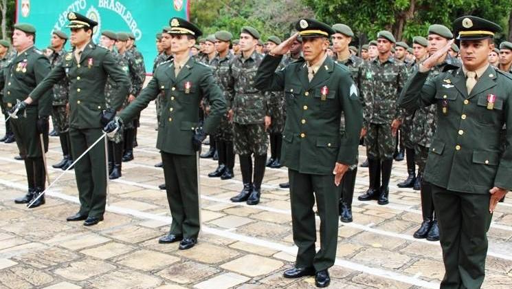 Quanto ganha um sargento do exército brasileiro - tabela de salários