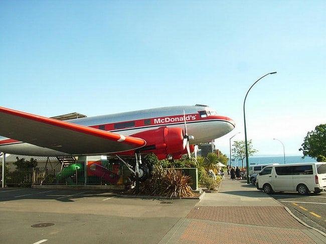 Taupo, Nova Zelândia – McDonald's avião