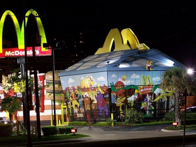 Dalla, Texas, Estados Unidos – McDonald's McLanche Feliz