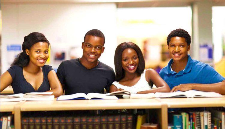 Vagas de estágio para estudantes negros