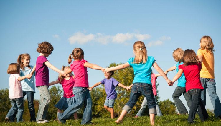 Cantigas de roda: 35 cantigas folclóricas para crianças