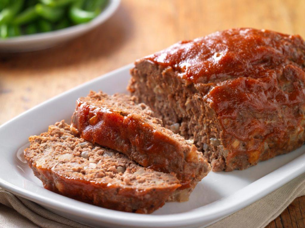 Bolo de Carne Moída (Beef Meatloaf)