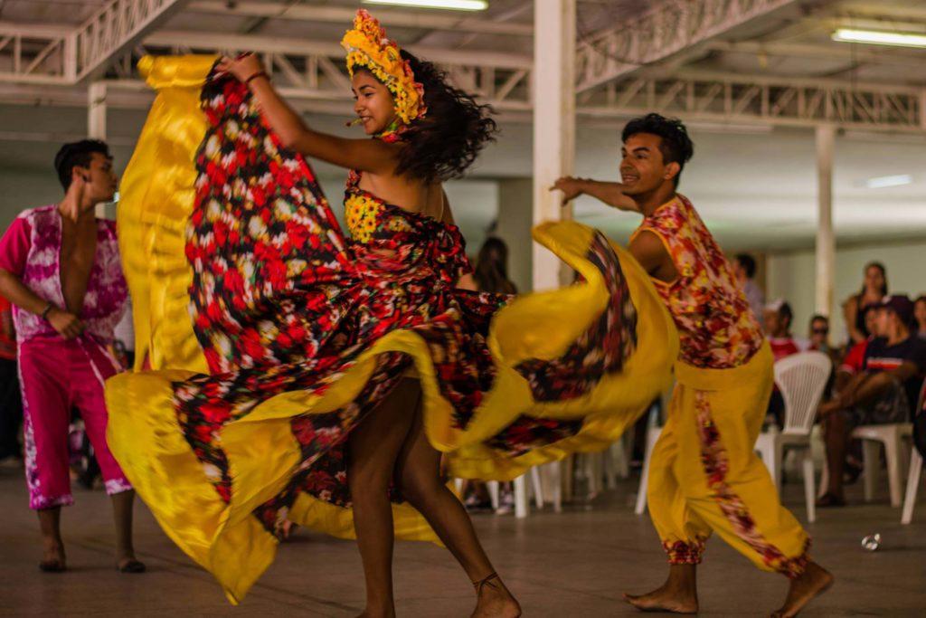 Danças populares brasileiras - carimbó