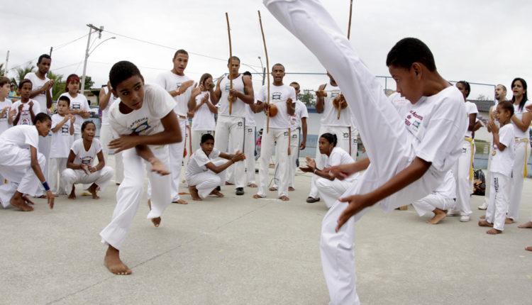Danças brasileiras: Roda de capoeira