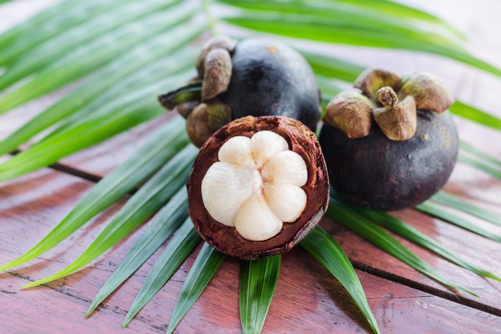 mangostao-fruta