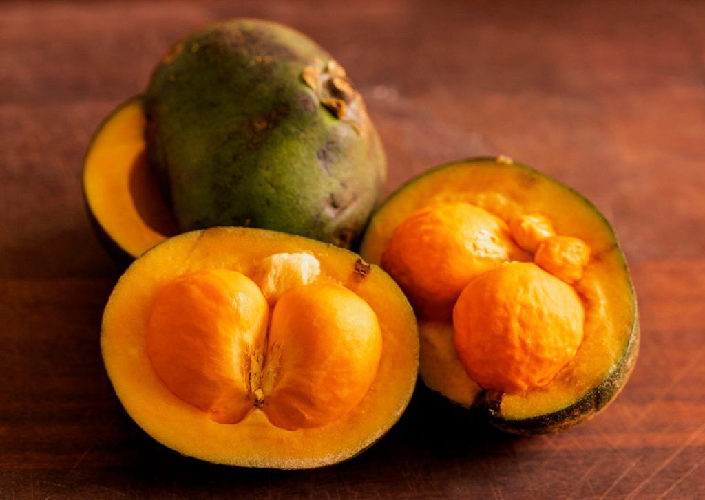 pequi-fruta