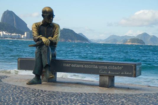 Biografia Carlos Drummond de Andrade