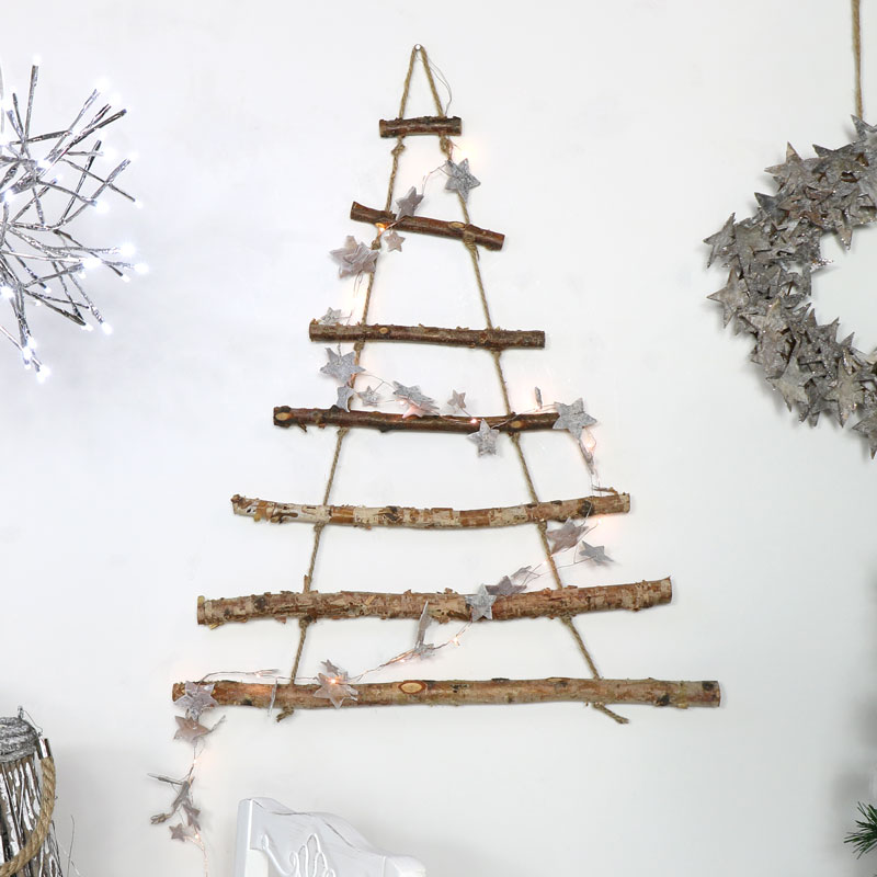 Árvore de natal artesanal - Galhos na parede