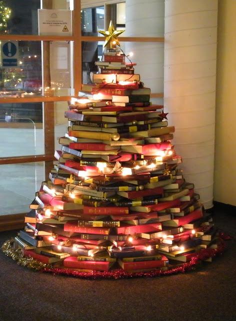 Árvore de Natal Artesanal - Livros