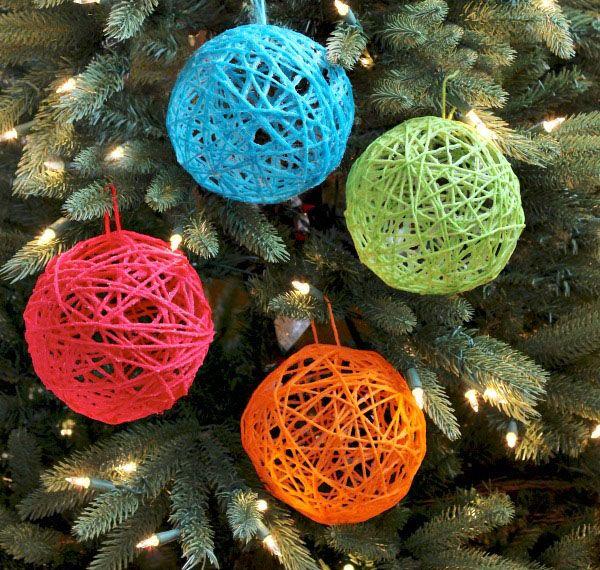 Bolas de Árvore de Natal com bola de lã