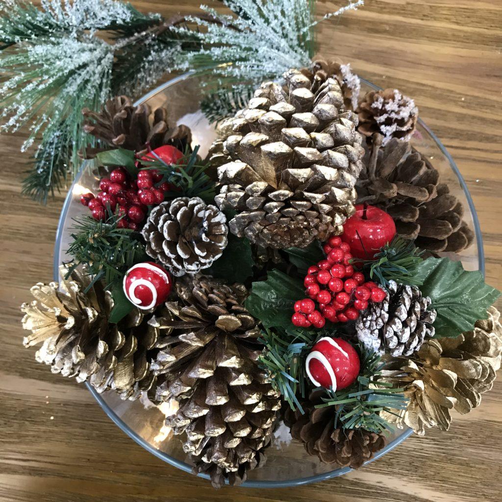 Pinhas de Natal decoradas