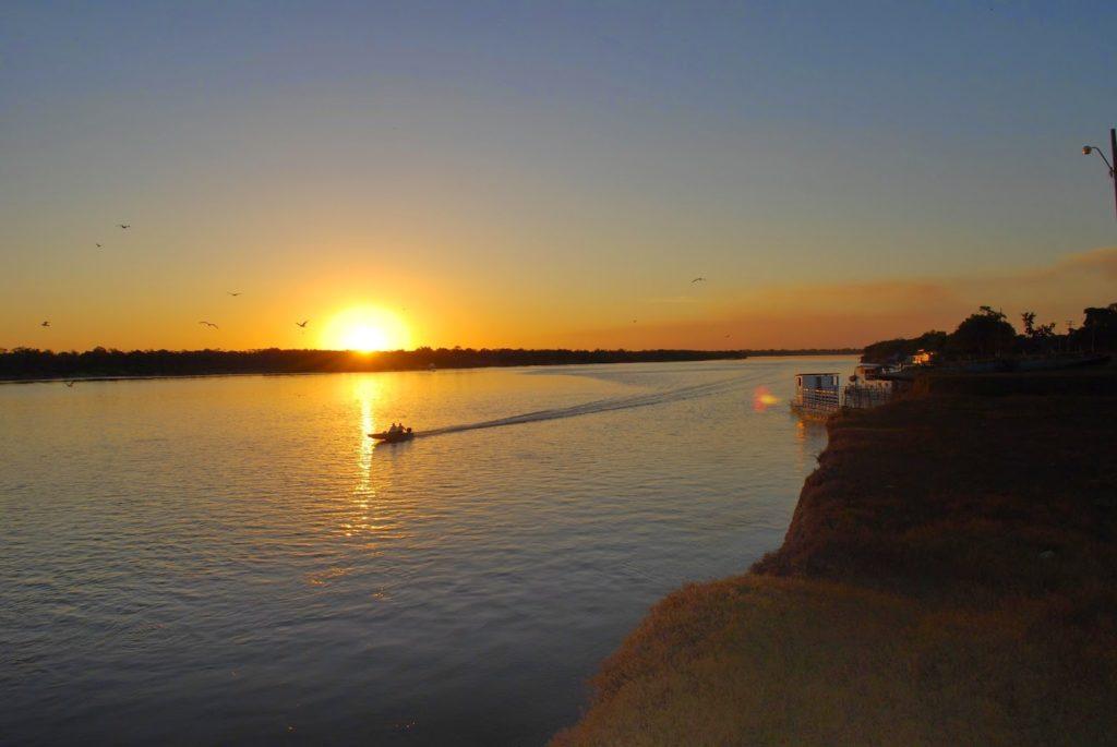 Rio Araguaia – 2.627 km