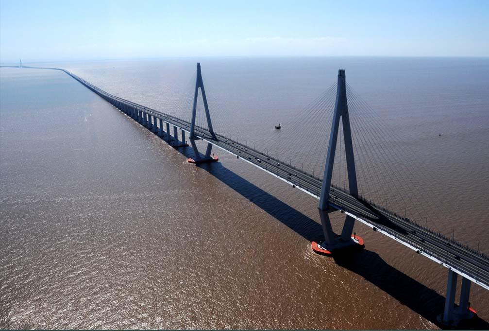 Ponte da Baía de Hangzhou – China