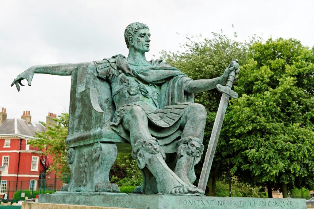 escultura romana constantino