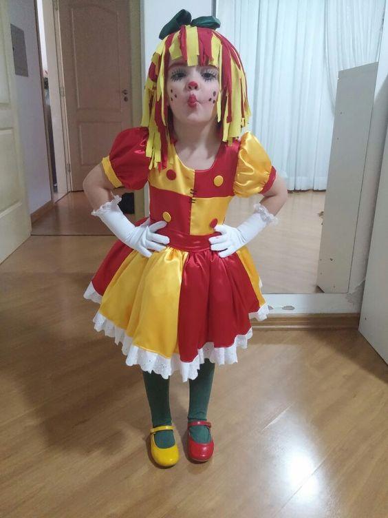 fantasia de carnaval de Emília
