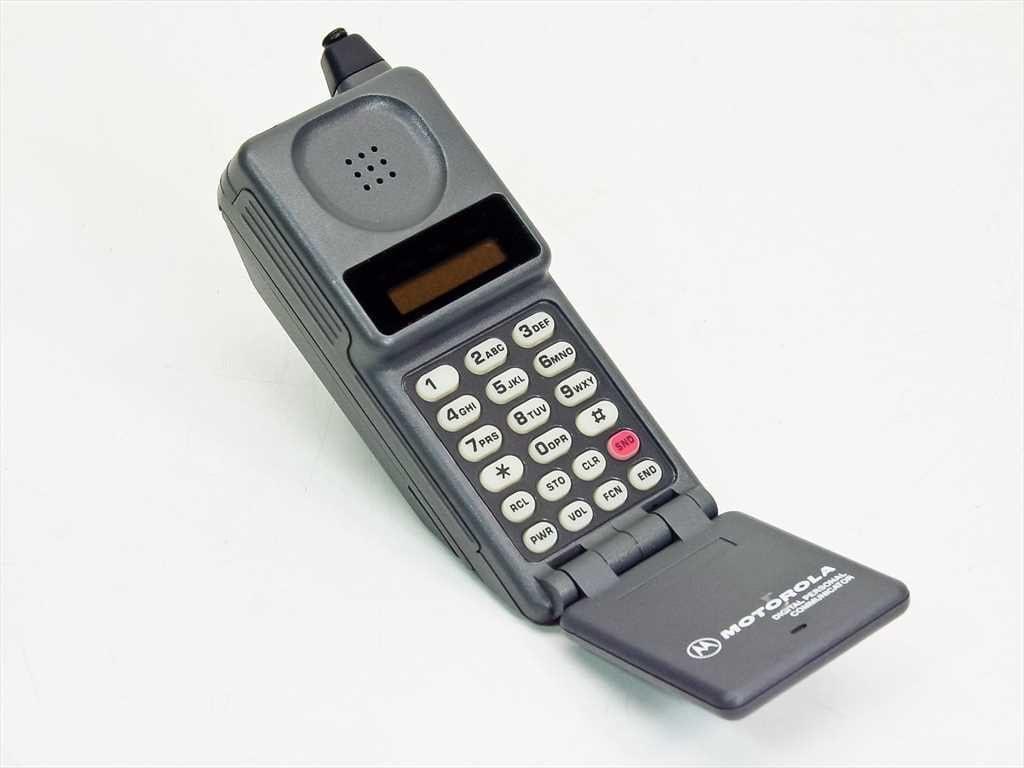 A evolução do telefone - primeiro celular tijolão