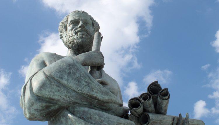 As 10 frases mais famosas dos filósofos