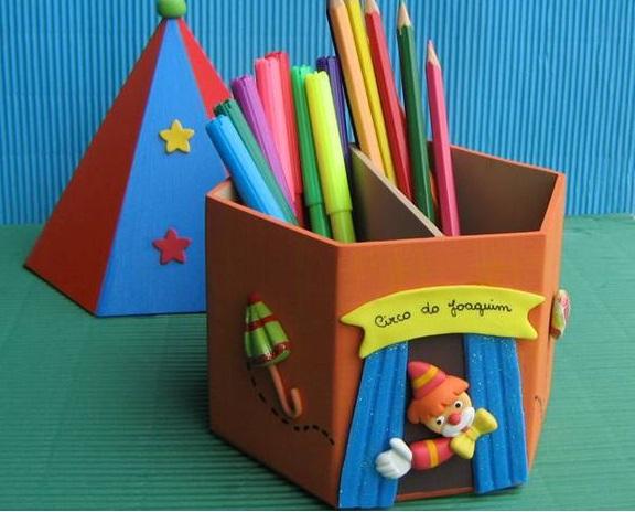 Dia do circo: Porta lápis