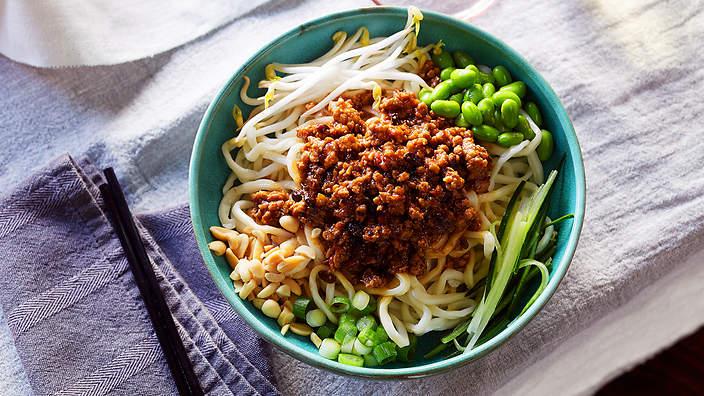 Comida com Z - Zha-jiang-mian