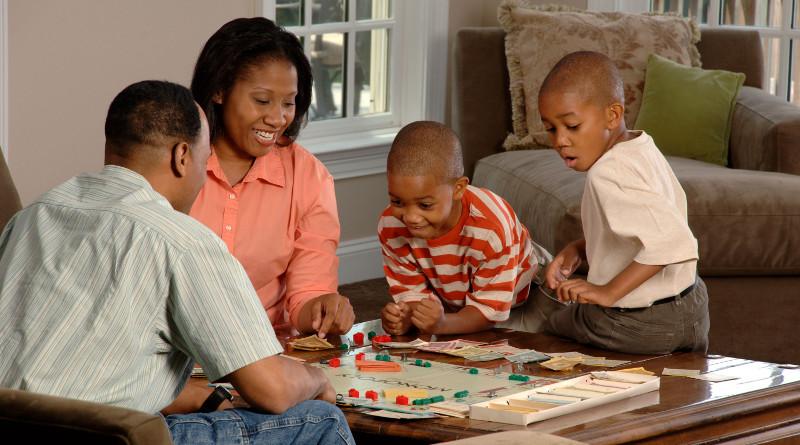 Jogos de tabuleiro com a família