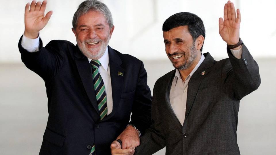 Lula e o presidente do Irã, Mahmoud Ahmadinejad, em Brasília