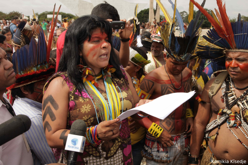 Políticas públicas e direito dos Povos Indígenas