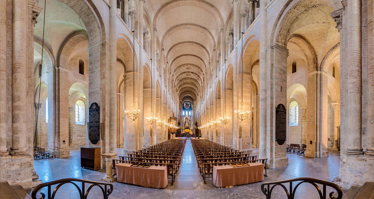 Arte românica - Saint-Sernin Basilica Nave