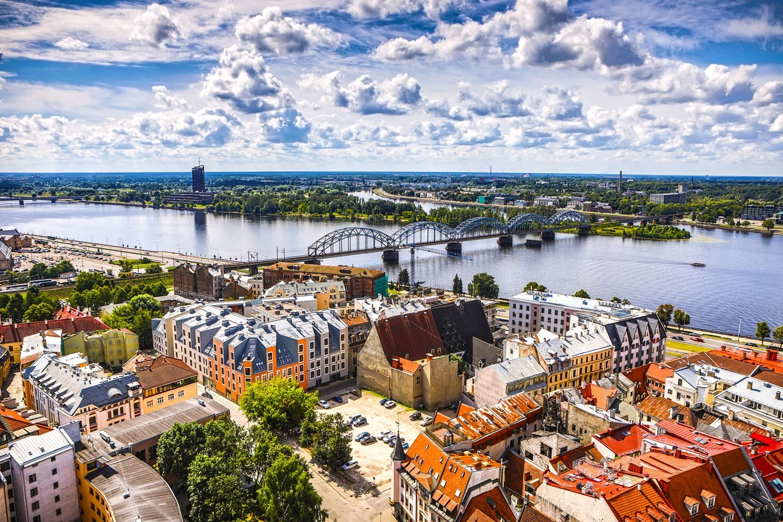 País com L - Letônia