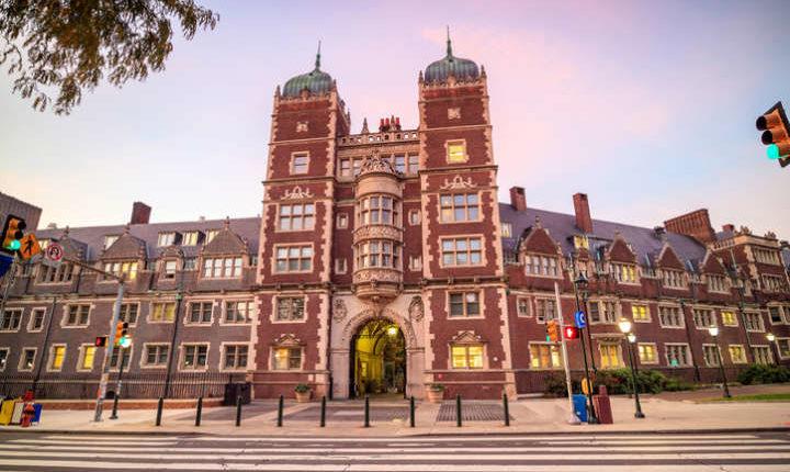 Universidade da Pensilvânia oferece curso grátis de inglês