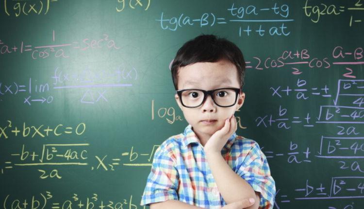 Exercícios resolvidos sobre divisão de números naturais