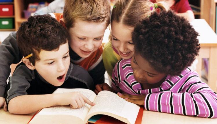 Como escolher as primeiras leituras das crianças