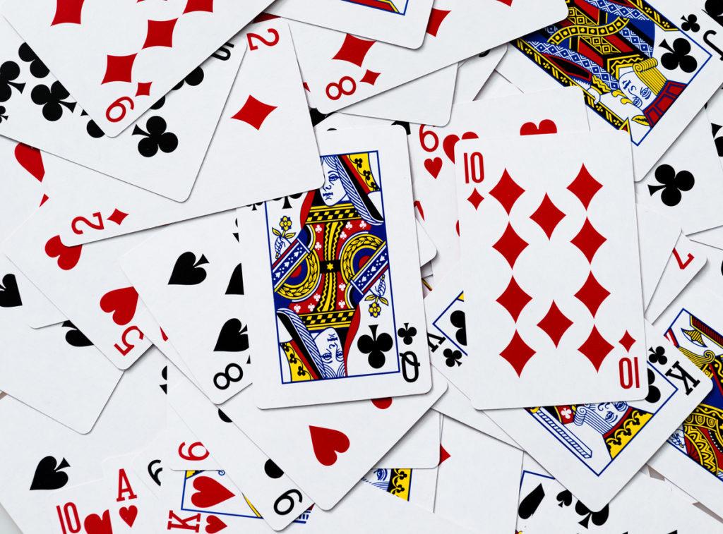 Probabilidade genética: escolha de cartas do baralho.