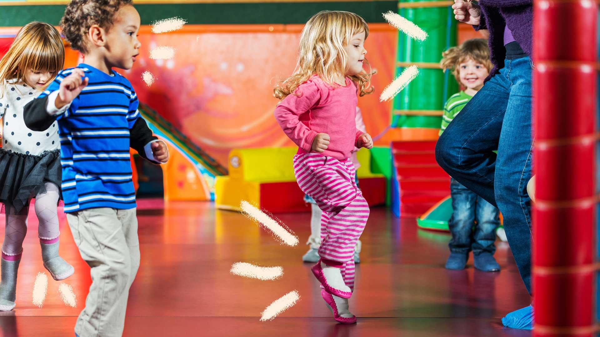 Crianças dançando